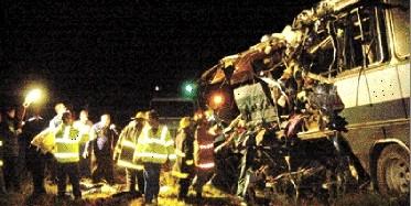 CERRILLOS. Tres días de duelo en Cerrillos por accidente de tránsito que costó la vida a 12 personas.