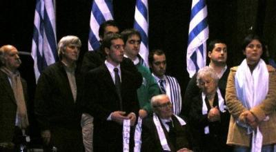 URUGUAY. Tres mil personas aplaudieron a don Gregorio García Cecilio, un entrevistado del Diario El Corresponsal.
