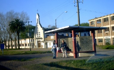 Habría intención de cerrar el Liceo de Juanicó al que concurren 140 alumnos de la zona