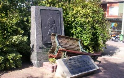 Dañaron el monumento al Presbítero Santiago Borrazás