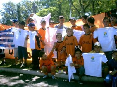 Revelan verdades ocultas del viaje de los niños futboleros canarios a la Argentina.