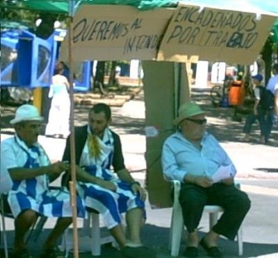 El Intendente Carámbula permitiría la vuelta de los puestos a la Avenida Artigas