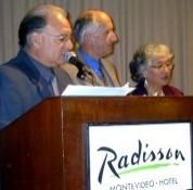 El senador La Paz Correa condujo evento de Premios CX de las Telecomunicaciones.