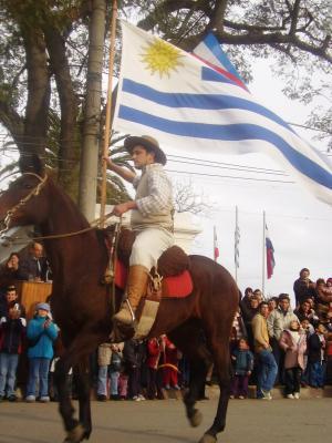 Artigas, desairado (por 3era vez) por el Presidente Vázquez, fue honrado por el pueblo uruguayo