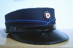 """Colgarían la gorra, por hoy, los policías canarios """"del 222""""."""