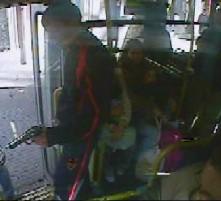 Cutcsa mostró la tercer rapiña filmada a bordo de un ómnibus de la línea 163.