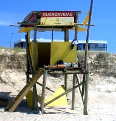 Pagan 11 mil pesos por arriesgar la vida en las playas canarias