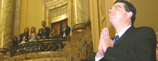 Perdomo asumió la Presidencia de la Cámara de Diputados votando por Lacalle Pou