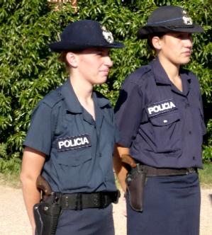 34 vacantes ¿nadie quiere, o nadie puede?; ser policía