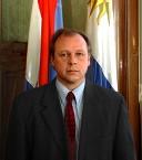La página web www.Tabaré.com.uy, no es del Presidente de la República