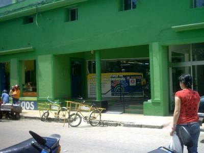 Un guardia de seguridad robó al supermercado que debia cuidar