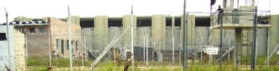 Presos roban a presos