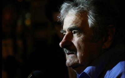 José Mujica es el candidato a la Presidencia por el Frente Amplio, Carámbula fue segundo mas votado